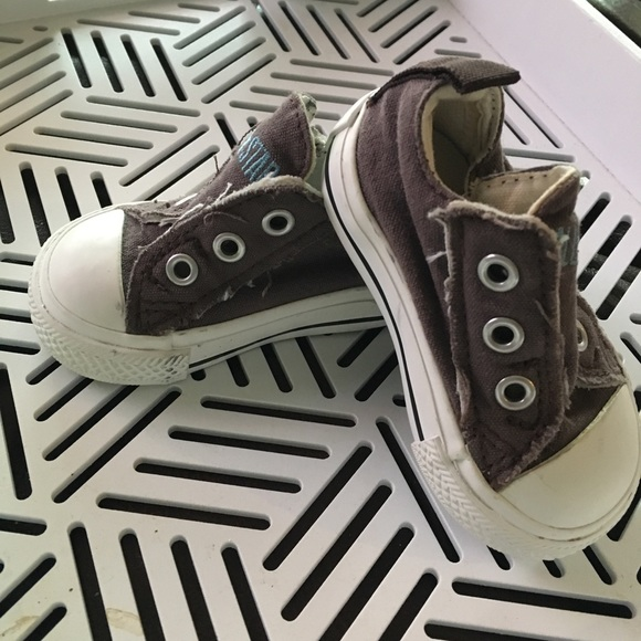 c42cb09d97b4df Converse Other - Tiny adorable baby converse